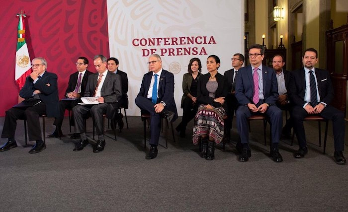 El equipo de expertos convocado por las autoridades federales. Foto: Gobierno de México