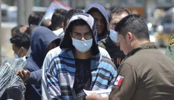 Migrantes-AP-VOA
