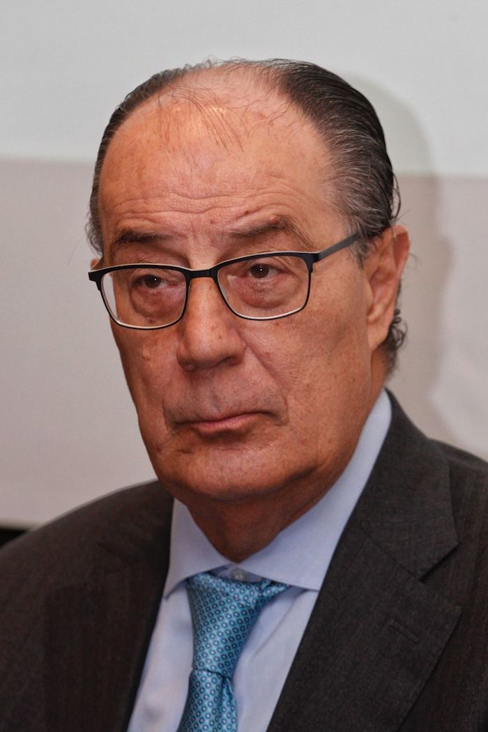 Jaime Ruiz Sacristán, presidente de la Bolsa Mexicana de Valores, durante la firma de convenio de colaboración con Semarnat para reducir las emisiones de carbono.