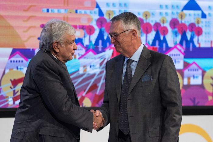 El Presidente de México y el empresario Ricardo Salinas Pliego.