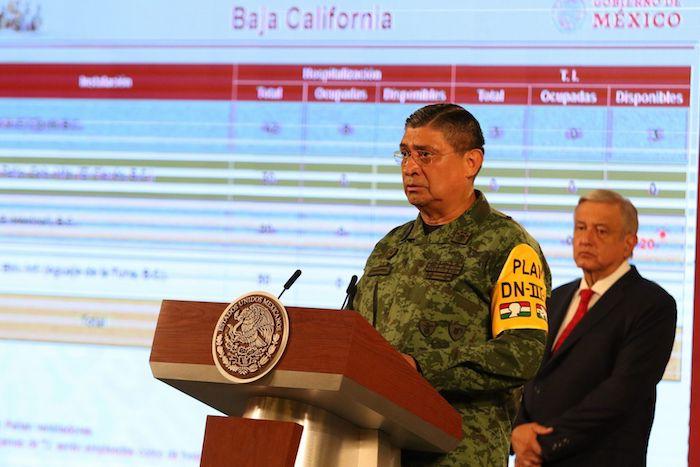 Luis Cresencio Sandoval, titular de la Sedena, con el presidente.