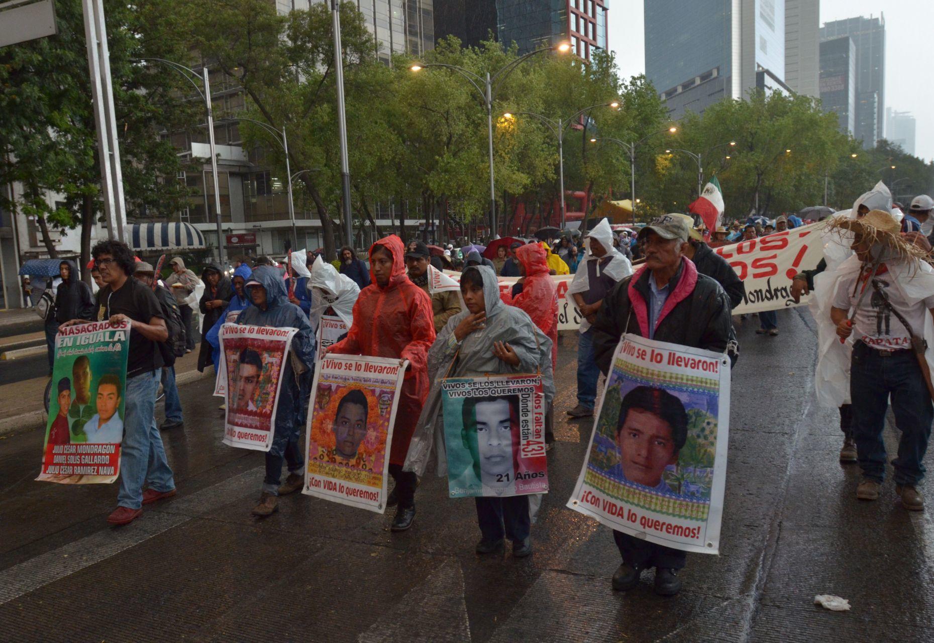 ayotzinapa-marcha-atenco