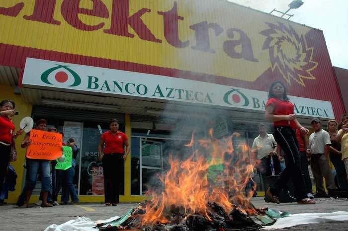 GRUPO-SALINAS-PROTESTAS-COVID19
