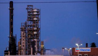 petroleo-wti-refineria