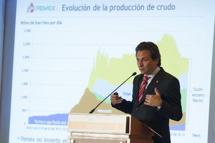 """Emilio Lozoya en el foto """"México: Oportunidad y Crecimiento"""", celebrado en 2013."""