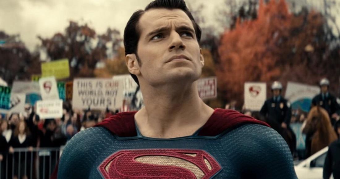 Henry Cavill rompe el silencio y da su opinión sobre la Liga de la Justicia de Zack Snyder
