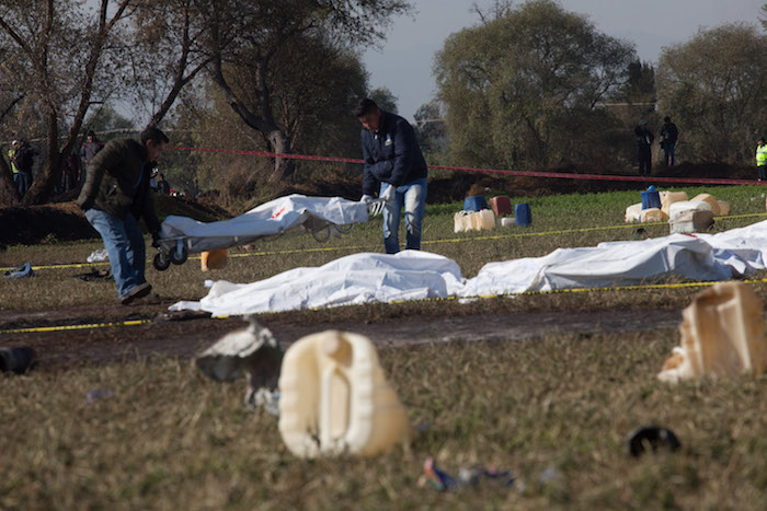 Peritos y militares trabajaron en la zona de la comunidad de San Primitivo, donde se reportó una explosión en una toma clandestina de combustible el pasado 18 de enero de 2019.