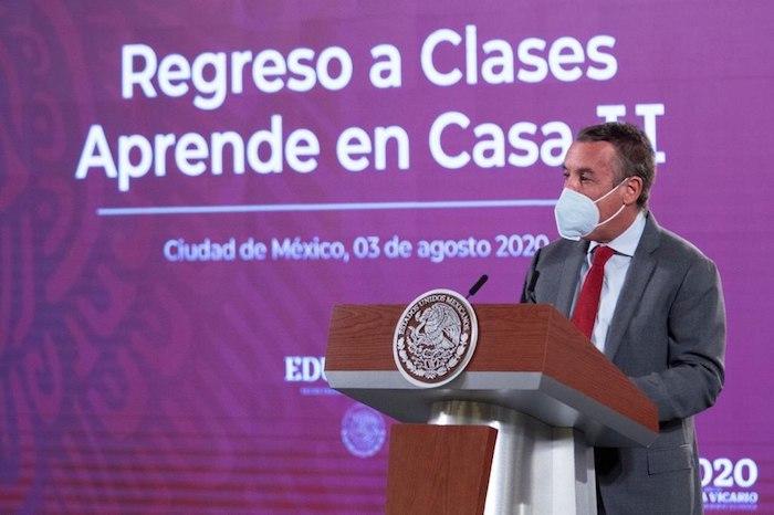 Emilio Azcárraga Jean, presidente ejecutivo del Consejo de Administración de Grupo Televisa, en Palacio Nacional.