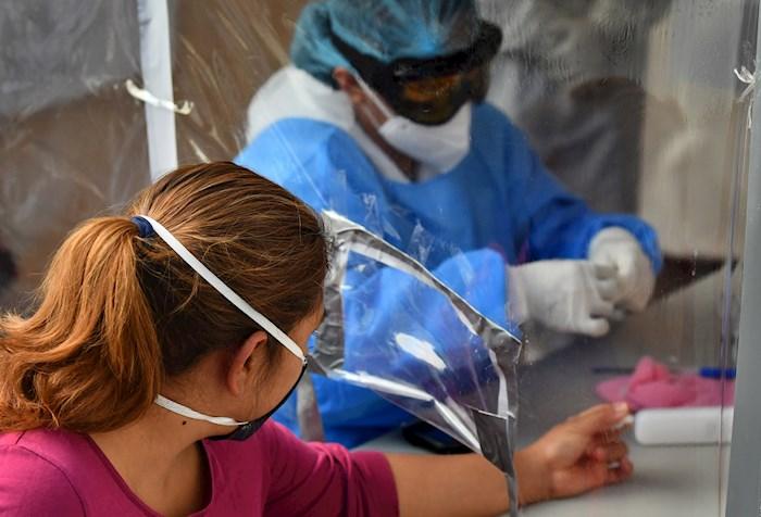 La COVID-19 ha matado a 685 mil personas en el mundo, y supera los 17.8 millones de contagios