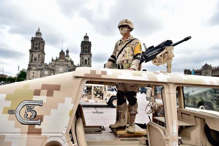 Uno de los vehículos que participó en el Desfile Militar.