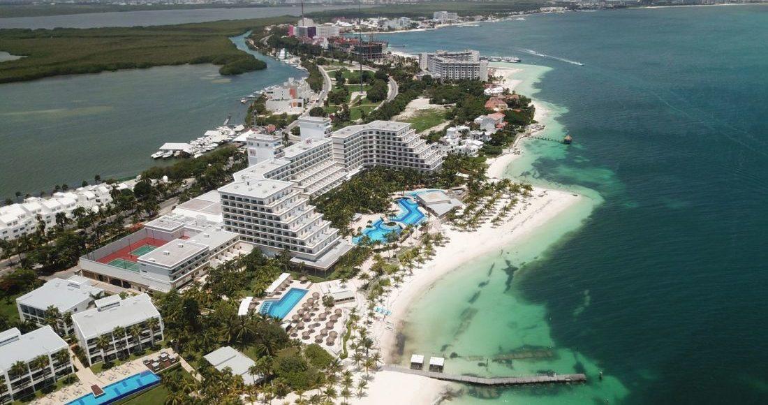 playa-cancun-vista-aerea
