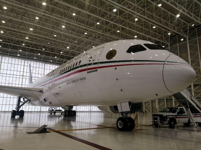 Exterior del avión presidencial.